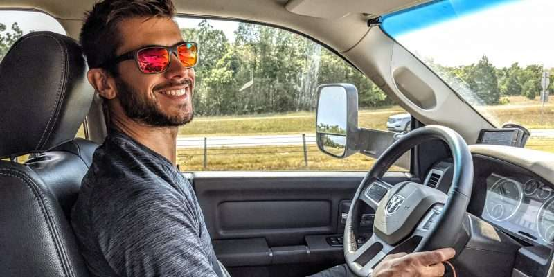 driving an RV with a steering stabilizer