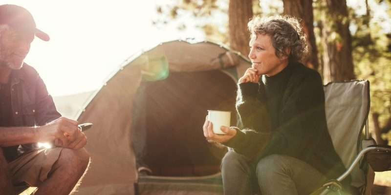 Couple camping to relieve anxiety